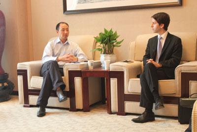 Rencontre avec M. LIAO Zhigang, Directeur du Service des Affaires internationales, de l'Université des Sciences Politiques et Juridiques du Sud-Ouest